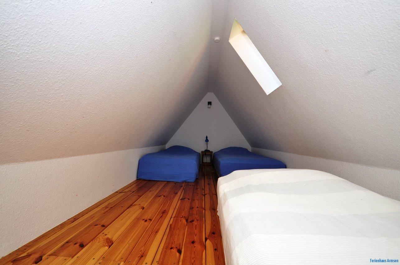 Dachboden mit Schlafgelegenheiten
